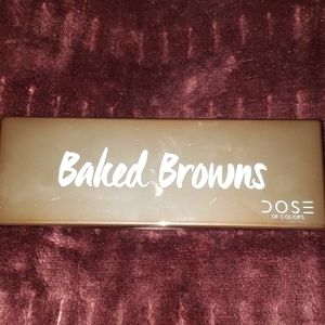 Dose Baked Browns eyeshadow palette